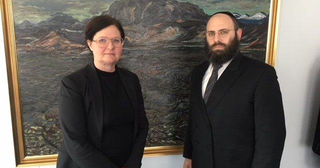 Leader of European Jewish group to make case against proposed ban of circumcision in parliament of Iceland