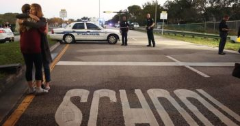 Florida shooting exposes need for stricter gun control, say Jewish groups