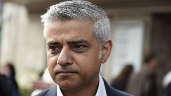 London mayor calls for city council to adopt plans to build Holocaust memorial