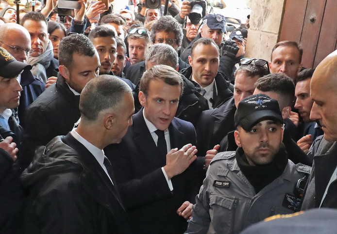 Image: French President Emmanuel Macron urged Israeli police to get out of the Saint-Anne church in the old city of Jerusalem, in a scene reminiscent of an incident that involved former President Jacques Chirac in 1996.