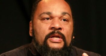 Facebook bans controversial French comedian Dieudonné