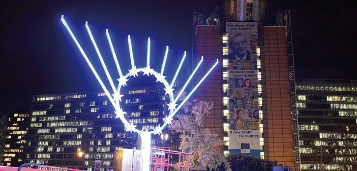 EU Commission President to light Euro-Chanukah candle on Rond-Point Schuman
